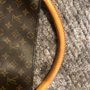 Louis Vuitton Bags - Louis Vuitton Artsy MM